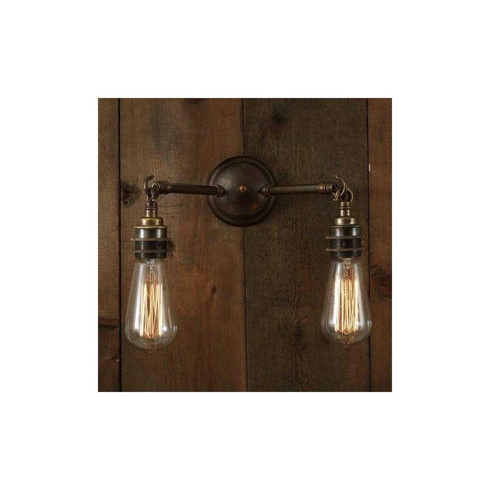 first rate ff7d4 89f1e ARRIGO - Double Wall Light In Antique Brass