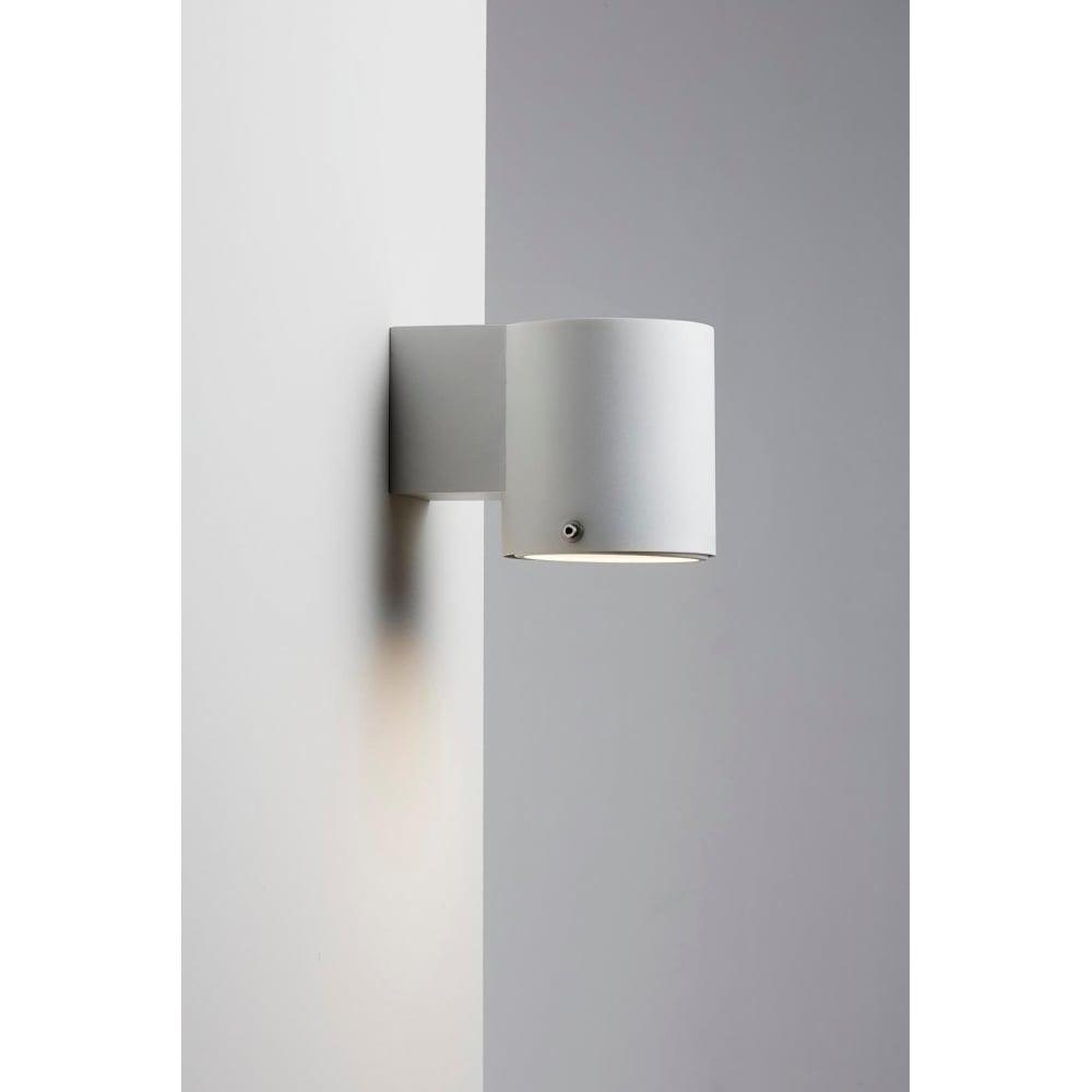 IP S4 - Modern Bathroom Wall Light in White
